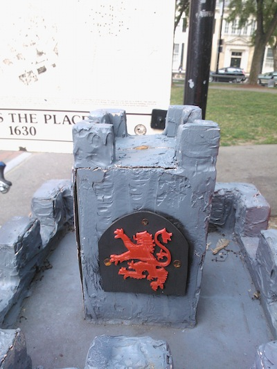 castledigbox_siege_6.jpg